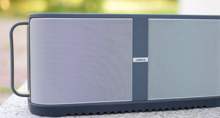 jabra solemate max gigantische bluetooth box zum preis von. Black Bedroom Furniture Sets. Home Design Ideas
