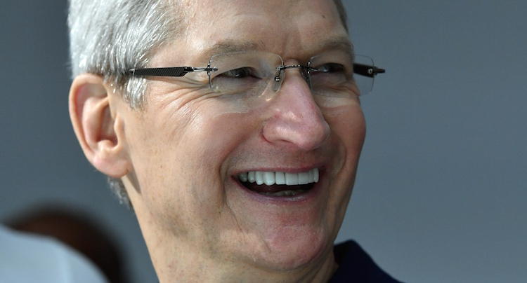 how to contact apple ceo tim cook