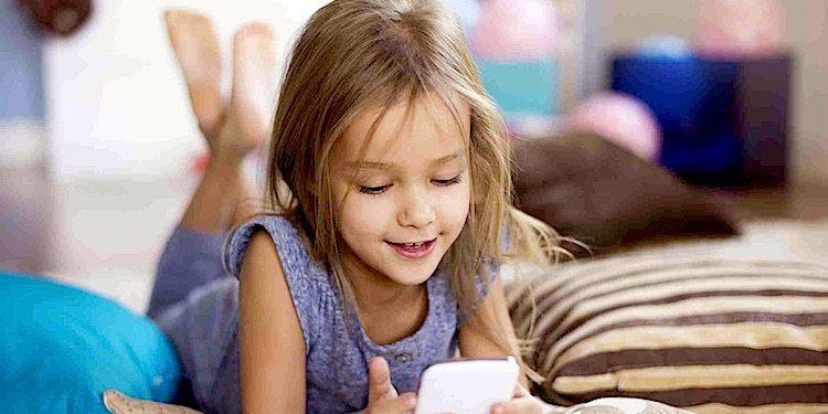 Kinder Handy