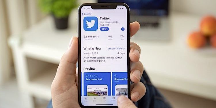 Apple iPhone Twitter