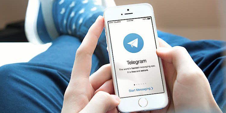 Apple iPhone Telegram Messenger