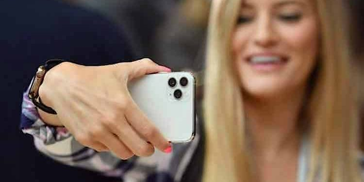 Apple iPhone 11 Digitalisierung