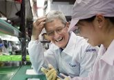 Foxconn Apple Tim Cook