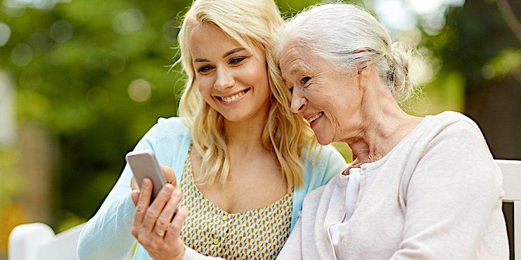 Corona-Warn-App: Senioren werden während Pandemie allein gelassen