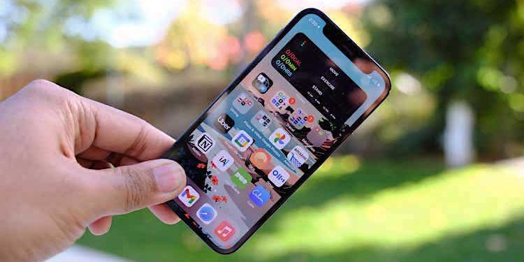 Apple: iPhone 13 mit Reverse Wireless Charging?