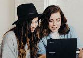 Junge Leute nutzen das Internet immer häufiger zum Dating
